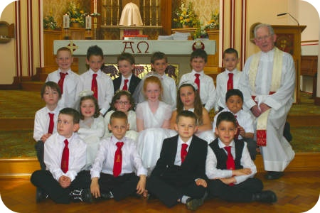 photo of First Holy Communion group with Father White