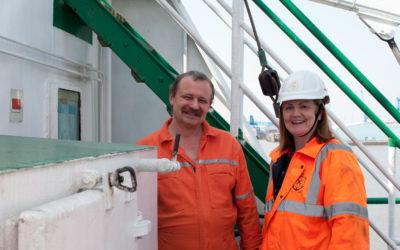 AoS port chaplain Anne McLaren with a seafarer