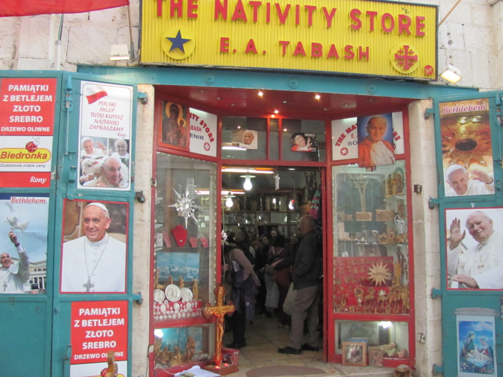 The Nativity Store in Bethlehem (© Aid to the Church in Need)